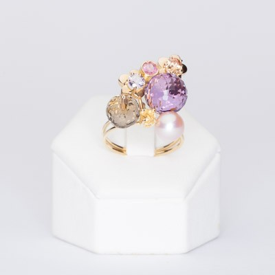 Ring with semi-precious stones